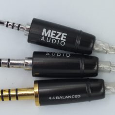 Meze-Ria-Penta-cable-jacks